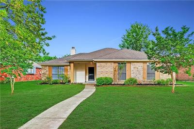 Rowlett Single Family Home For Sale: 4014 Knights Bridge Drive