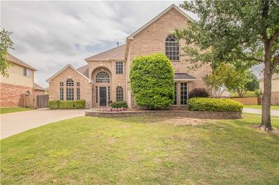 Keller Single Family Home For Sale: 217 Huffman