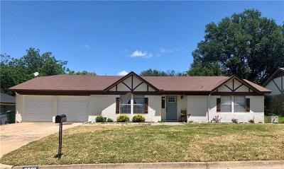 North Richland Hills Single Family Home For Sale: 6501 Cliffside Drive