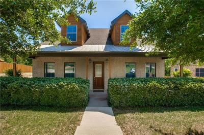 Fort Worth Single Family Home For Sale: 8644 Overland Drive