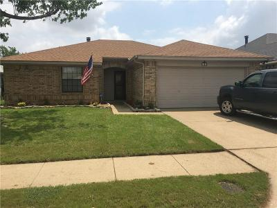 Euless Single Family Home For Sale: 1111 Saratoga Drive