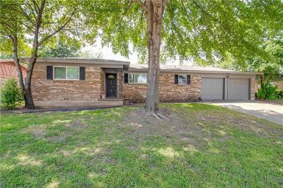 Hurst Single Family Home For Sale: 1125 Norwood Drive