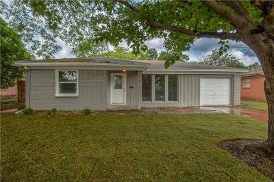 White Settlement Single Family Home Active Option Contract: 812 Perry Drive