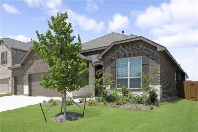 Fort Worth Single Family Home For Sale: 2441 Maple Stream Drive