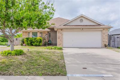 Midlothian Single Family Home For Sale: 1202 Crooked Creek Court