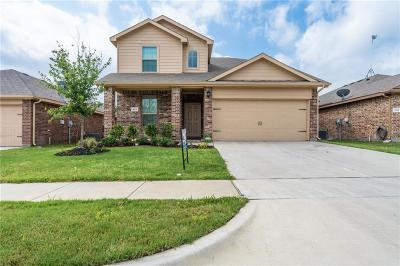 Azle Single Family Home For Sale: 601 Creekview Drive