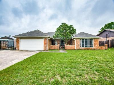 Benbrook Single Family Home Active Option Contract: 9801 Bancroft Drive