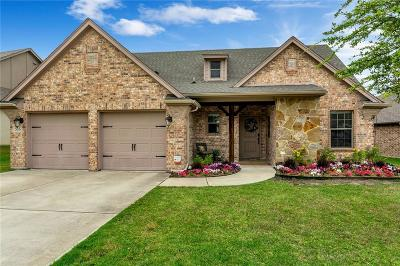 Benbrook Single Family Home For Sale: 516 Magnolia Parkway