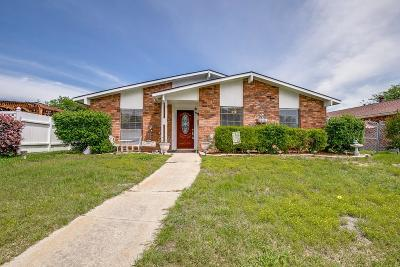 Rowlett Single Family Home For Sale: 8817 Willowbrook Drive