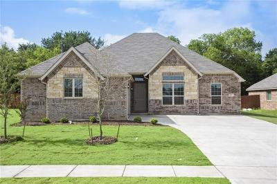 Johnson County Single Family Home For Sale: 1517 Grassy Meadows