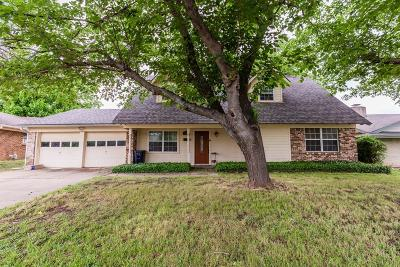 Euless Single Family Home For Sale: 803 Commerce Street