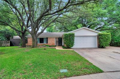 Euless Single Family Home For Sale: 605 Cypress Circle