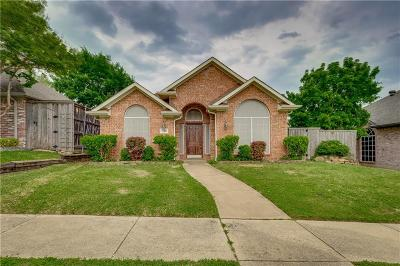 Rowlett Single Family Home For Sale: 1722 Dartbrook Drive