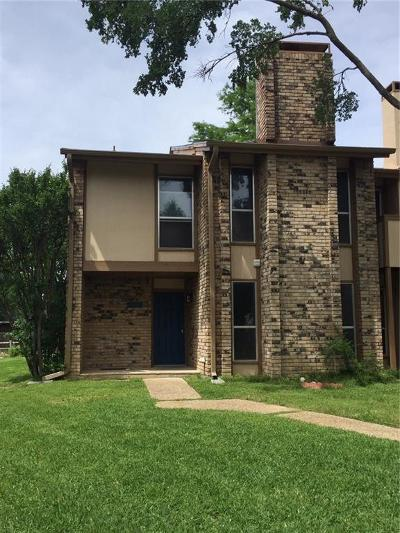 Arlington Townhouse Active Option Contract: 2105 Warnford Place