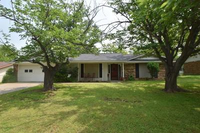 Stephenville Single Family Home For Sale: 1375 N Magnolia Drive