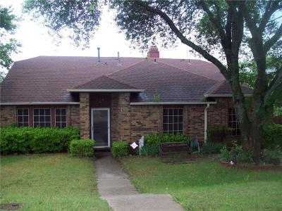 Desoto Single Family Home For Sale: 116 Wildwood Drive