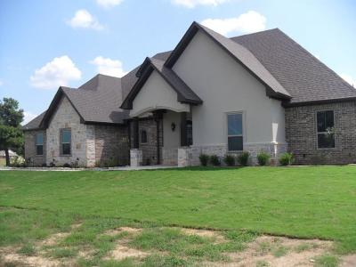 Lindale Single Family Home For Sale: 16180 Stallion Shores Court