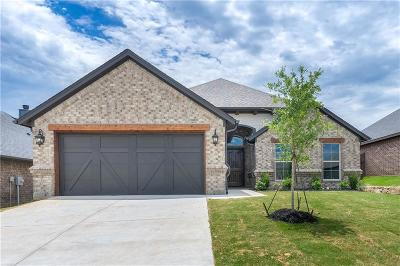 Weatherford Single Family Home For Sale: 1524 Town Creek Circle