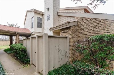 Arlington Condo For Sale: 1719 Westview Terrace #J