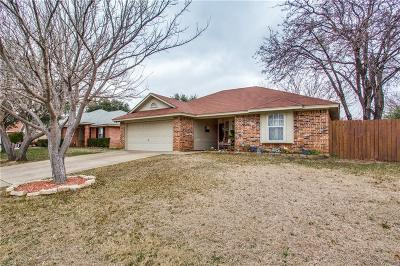 Burleson Single Family Home For Sale: 313 Arnold Avenue