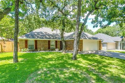 Burleson Single Family Home For Sale: 917 Wood Hollow