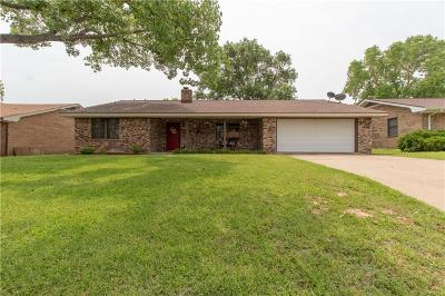 Stephenville Single Family Home Active Kick Out: 206 Sharp Drive