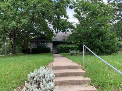 Leon County Single Family Home For Sale: 105 Cottonwood Lane