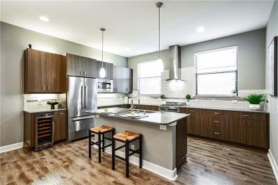 Condo For Sale: 1717 Annex Avenue #304