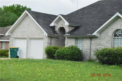 Cedar Hill Single Family Home For Sale: 317 Oak Meadow Lane