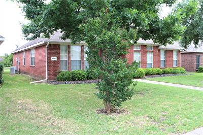 Cedar Hill Single Family Home For Sale: 1042 Suffolk Lane