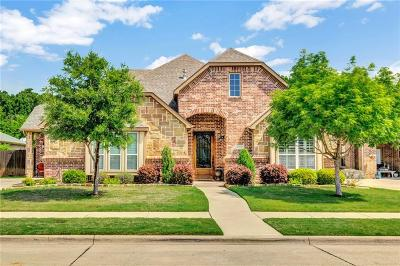 Arlington Single Family Home For Sale: 2711 Stonebriar Court