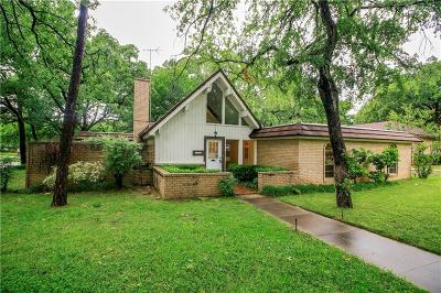 Azle Single Family Home For Sale: 201 Twin Oaks Court
