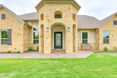 Fort Worth Single Family Home For Sale: 3925 Estancia Way