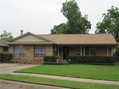 Garland Single Family Home For Sale: 1303 Charleston Drive