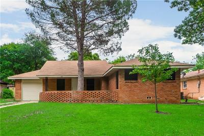 Fort Worth Single Family Home For Sale: 1613 Martel Avenue