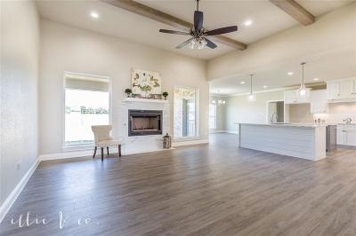 Abilene Single Family Home For Sale: 2301 Savanah Oaks Bend