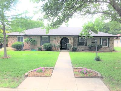 Benbrook Single Family Home For Sale: 3824 Delmas Drive