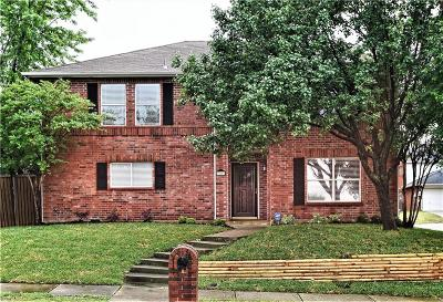 Lewisville Single Family Home For Sale: 900 Orchid Drive