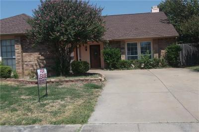 Arlington Single Family Home For Sale: 1509 Bandera Drive