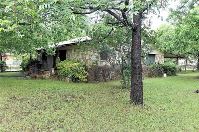 Somervell County Single Family Home Active Kick Out: 200 3rd Street