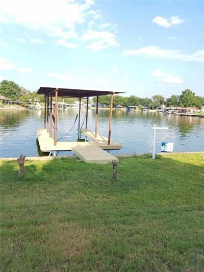Parker County, Tarrant County, Hood County, Wise County Single Family Home For Sale: 4615 Marina Court