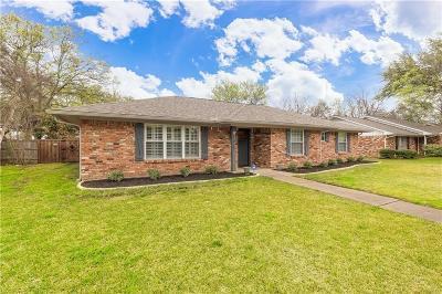 Dallas, Addison Single Family Home For Sale: 13727 Spring Grove Avenue