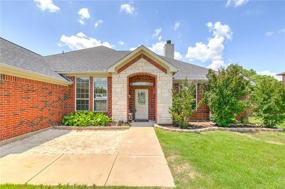 Granbury Single Family Home For Sale: 3133 Meandering Way