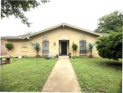 Garland Single Family Home For Sale: 905 Bradfield Drive
