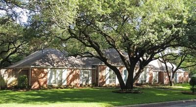 Dallas Single Family Home For Sale: 6768 Mossvine Place