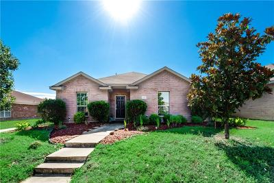 Desoto Single Family Home Active Contingent: 700 Canyon Place