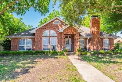 Waxahachie Single Family Home Active Kick Out: 200 Sioux Drive