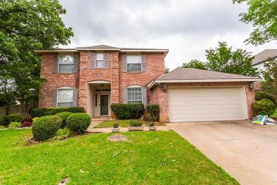 North Richland Hills Single Family Home For Sale: 7916 Whispering Woods Lane