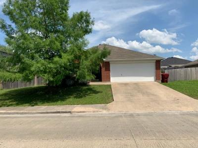 Farmersville Single Family Home For Sale: 510 Waterford Street
