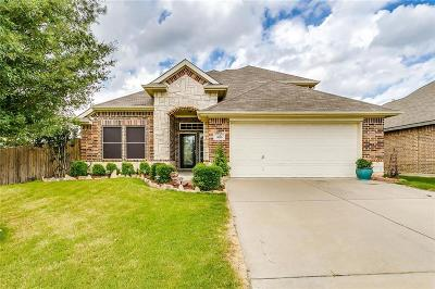 Dallas County, Denton County, Collin County, Cooke County, Grayson County, Jack County, Johnson County, Palo Pinto County, Parker County, Tarrant County, Wise County Single Family Home For Sale: 305 Hidden Lake Court